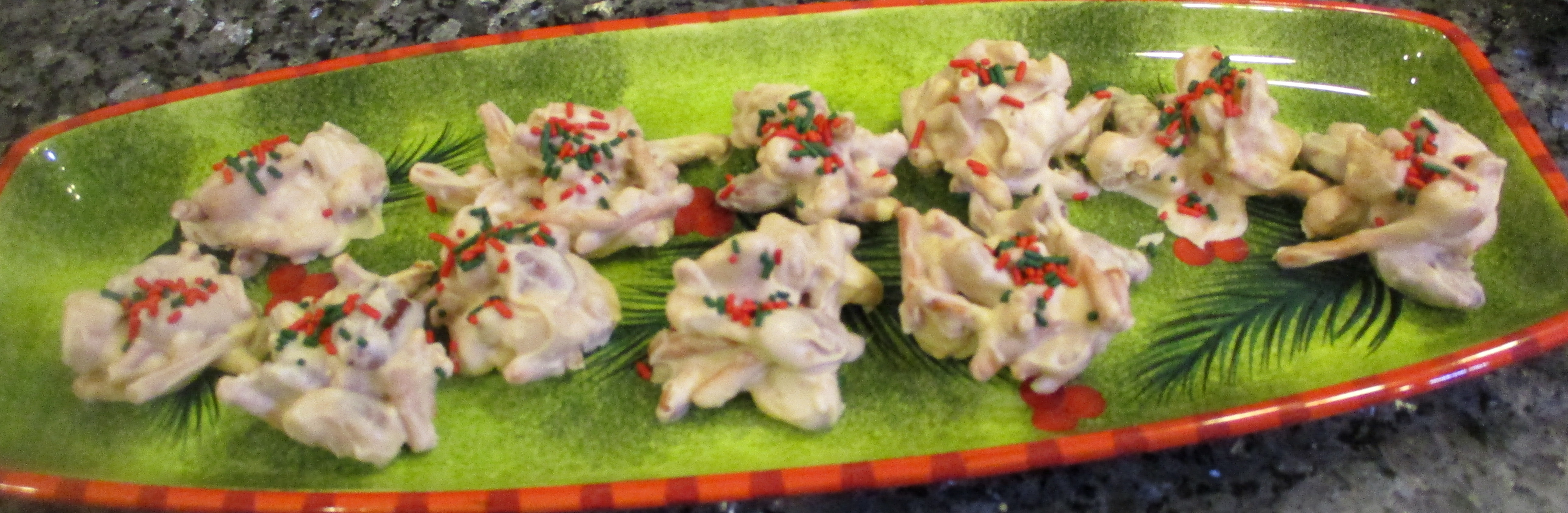 Slow Cooker Christmas Clusters Recipe