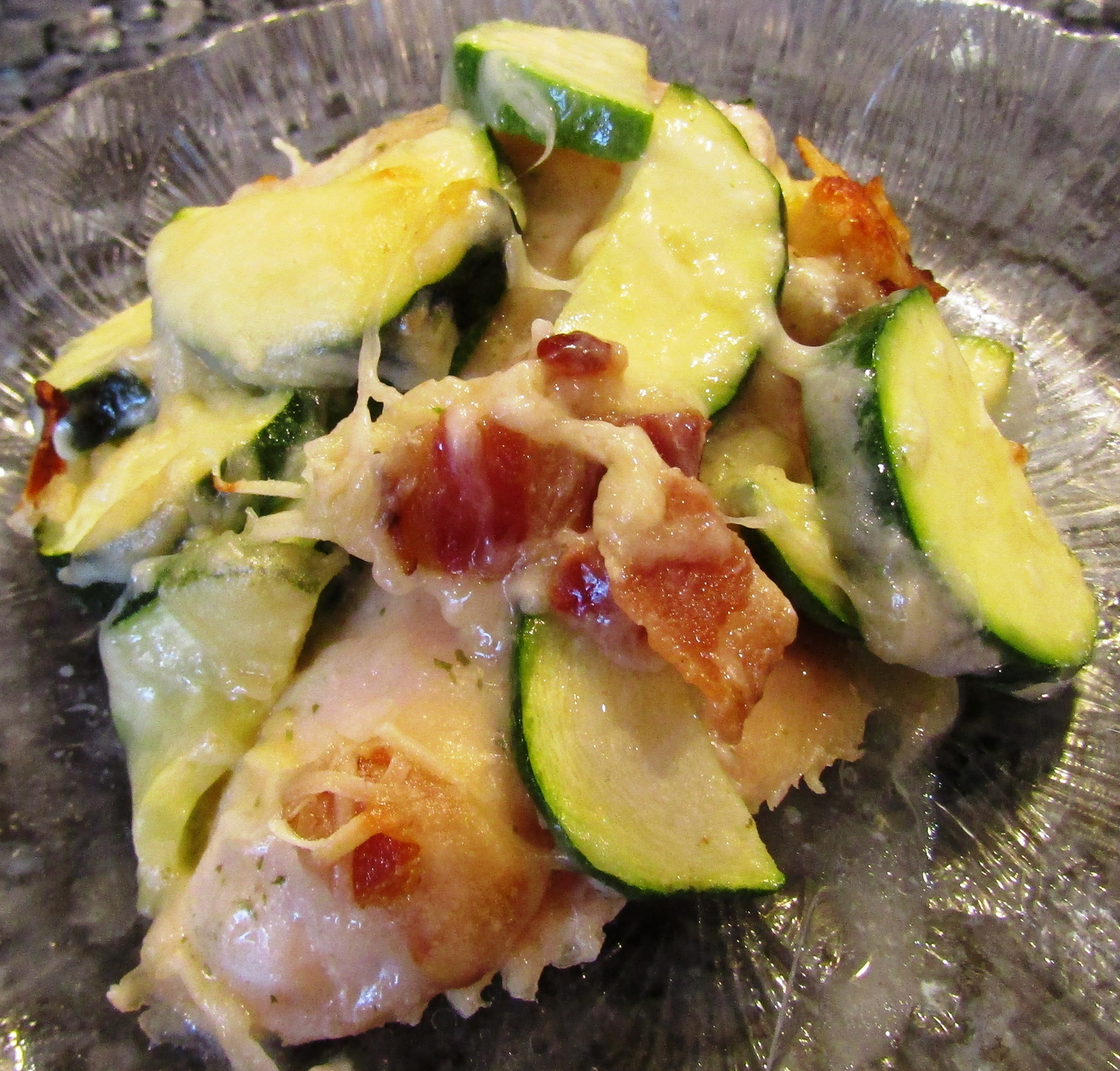 Cheesy Chicken with Bacon and Zucchini Recipe